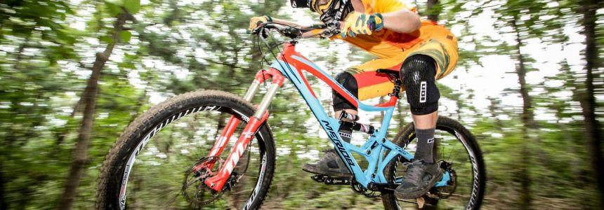 Baví tě nové výzvy a srovnávat se na kole? Tato appka je přímo pro tebe!