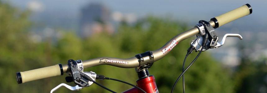 Jak na kokpit? Zdarma můžeš mít vychytanější bike!